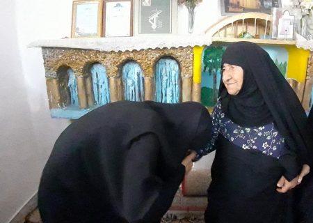 دیدار هفتگی گروه دختران بهشت باخانواده شهدا