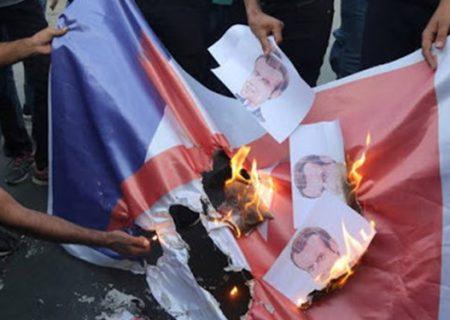 تظاهرات ضدفرانسه؛ مردم «مالی» هم تصاویر ماکرون را آتش زدند.